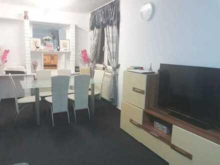 2 Zimmer Wohnung neu zu vermieten - mitten in Essen