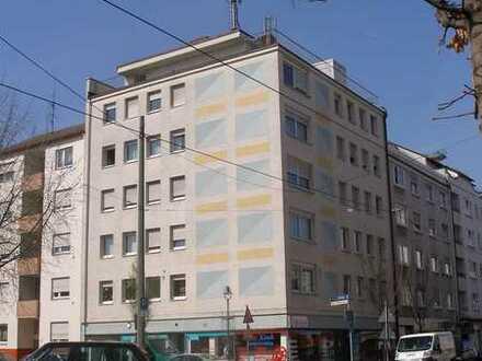 Wunderschöne, sehr großzügige 5-Zimmer Wohnung in LU-Mitte Nähe Theater