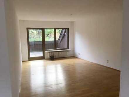 Ca. 110 m² große Wohnung mit Dachterrasse zu vermieten!