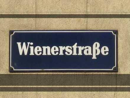 Wiener Strasse - 2 Zimmer Dachgeschosswohnung in ruhiger Lage
