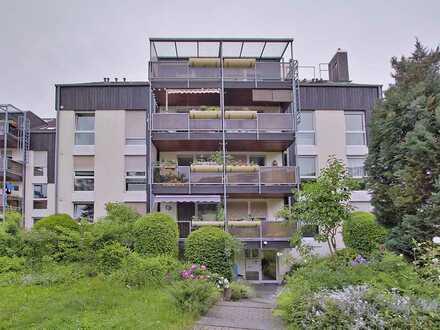 Exklusive, modernisierte 3,5-Zimmer-Wohnung mit Balkon und Einbauküche in Holzgerlingen