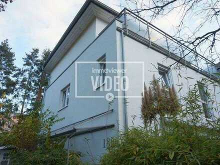 Next to the rhine river - single house with a yard