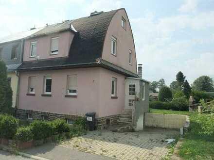 Doppelhaushälfte mit Garage in Eppendorf