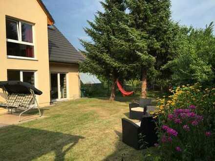 Großes Einfamilienhaus in kleiner Sackgasse in Blankenburg