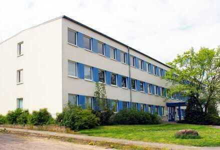 Günstige Büroräume mit 17 und 34 qm: Beeskower Straße 4; provisionsfrei von Hausverwaltung