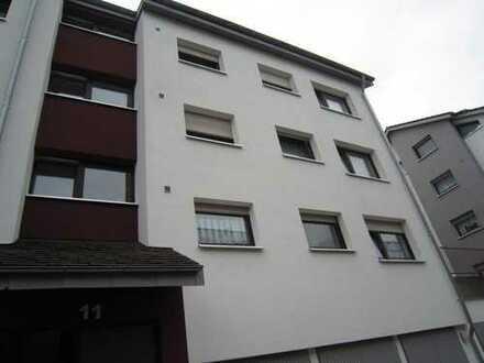 Großzügige 3,5 Zi-Wohnung in zentraler Lage von HN-Böckingen