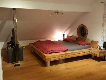 Schöne, geräumige ein Zimmer Wohnung in Rosenheim (Kreis), Vogtareuth (Zaisering)