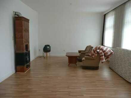 Günstige 3-Zimmer-Wohnung mit Balkon und Einbauküche in Baddeckenstedt
