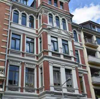 Erstbezug nach Sanierung mit Balkon: ansprechende 5-Zimmer-Wohnung in Hannover