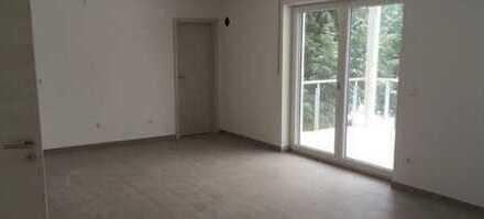 Gepflegte 3-Zimmer-Wohnung mit Balkon in Mitterfels