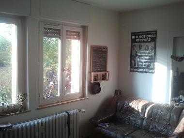 Schönes helles Zimmer in vierer Wg