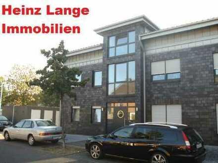Heinz Lange Immobilien: Sehr schöne OG Wohnung mit Balkon nähe Zentrum