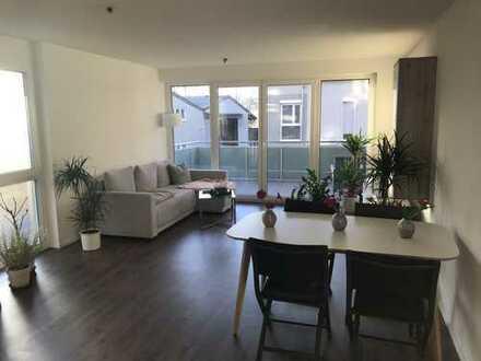 700 €, 63 m², 2 Zimmer
