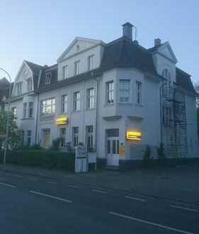 Schöne, gepflegte 5-Zimmer-Dachgeschosswohnung zur Miete in Hilden