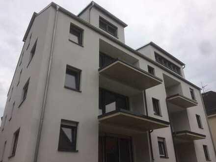 !!!Traitteur Immobilien- sehr praktisch und elegant geschnittene Wohnung in Mehrfamilienhaus-!!!