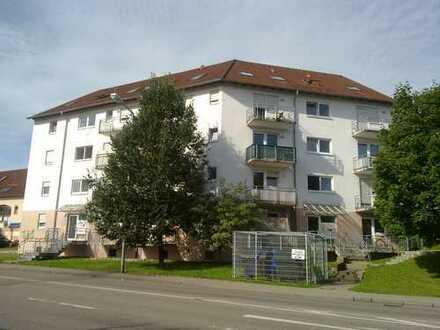 1-Zimmer-Apartment mit Balkon, Einbauküche und PKW-Stellplatz in stadtnaher Wohnlage von Aalen