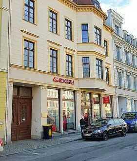 Elisabethplatz! Büro mit großer Schaufensterfront, EBK, Stellplätze möglich