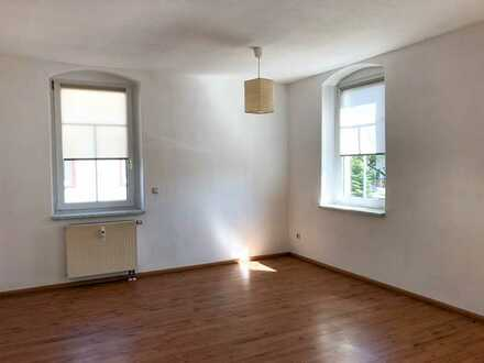 Helle 2-Raum-Wohnung in ruhiger Lage!