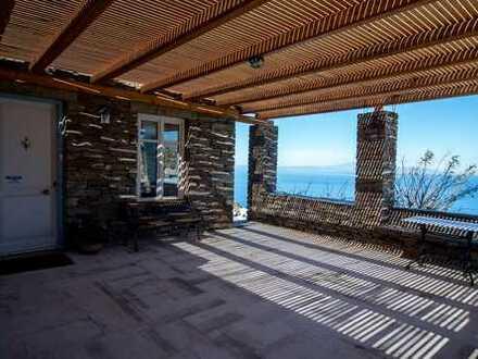 Luxuriöse Villa auf Insel Kea mit Panoramaausblick
