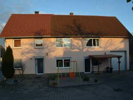 Saniertes Einfamilienhaus und Einbauküche in Erolzheim, Edelbeuren