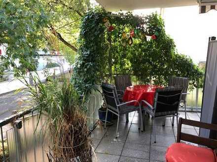 """*OF-Westend*:Exklusive 4,5-Zimmer-ETW in kl.MFH -125 qm Wfl.mit """"sehr viel Balkon"""" und TG-Platz"""