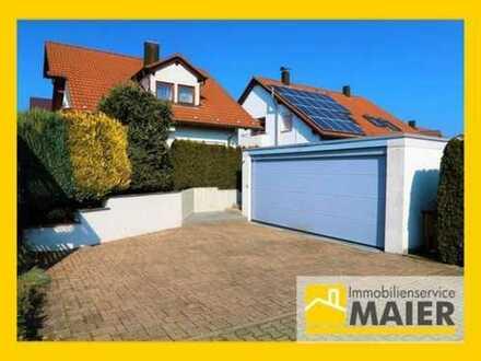 Ansprechendes gehobenes Einfamilienhaus mit Doppelgarage in reiner und ruhiger Wohnlage!