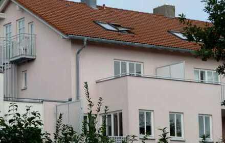 möblierte 2-Zi-Traumwohnung mit uneinsehbarer sonniger Dachterrasse von privat