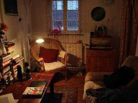 WG-Zimmer in schöner Altbauwohnung im Herzen der Stadt
