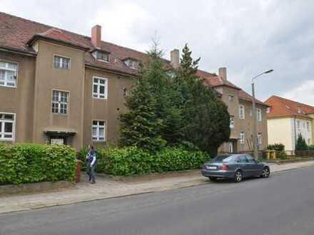 Gut geschnittene, helle 2-Raum Wohnung in solidem Altbau, WG geeignet, in Uni Nähe