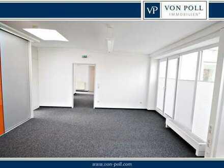 Praxis- oder Büroräume mit Dachterrasse in zentraler Lage