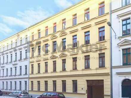 Freistehende 5 Zi.-Wohnung mit 2 Balkonen und Stellplatz in guter Lage in Leipzig-Euritzsch