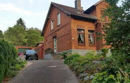 Ein-, Zweifamilienhaus, Praxis, Kanzlei, in Kiel