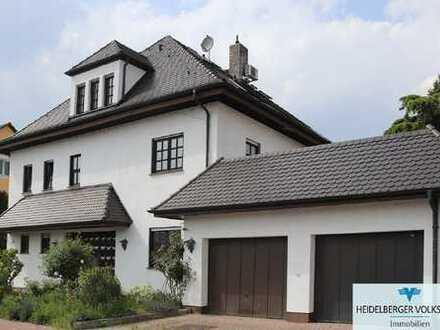 Großes Mehrfamilienhaus mit vielen Möglichkeiten der Nutzung, gewerblich wie auch wohnwirtscha
