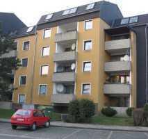 Lichtdurchflutete und günstige 3 Zimmer-DG-Wohnung mit traumhaftem Ausblick - B-Schein erforderlich!