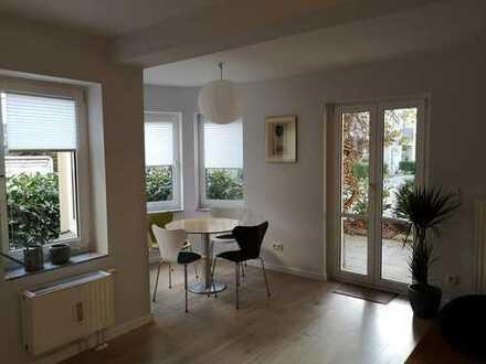 Zwischenmiete bis Mai: stilvolle 1,5-Zimmer-Maisonette-Wohnung in Potsdam