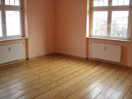 Studenten-WG geeignete gemütliche Wohnung 1 Zimmer frei mit Echtholzfußboden im Stadtteil West