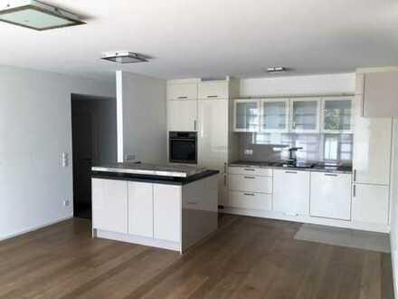 1.300 €, 98 m², 4 Zimmer