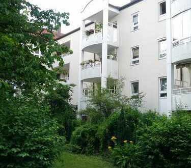 2-Zimmer-Wohnung mit Balkon in Bogenhausen, München