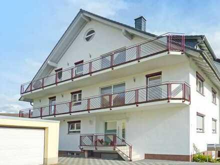 Hanau-Steinheim: Wunderschöne 4 Zimmer-Maisonette-Wohnung mit Balkon in begehrter & ruhiger Wohnlage