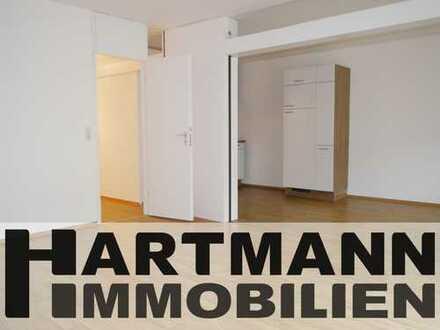 Neu renovierte 3-Zimmer-Wohnung mit Balkon und EBK!
