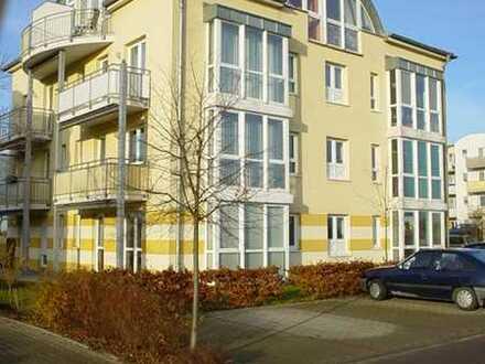 Eigentumswohnung mit Balkon und PKW-Stellplatz