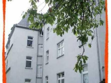 Neu renovierte 2 Zi. Wohnung in stilvollem Gebäude