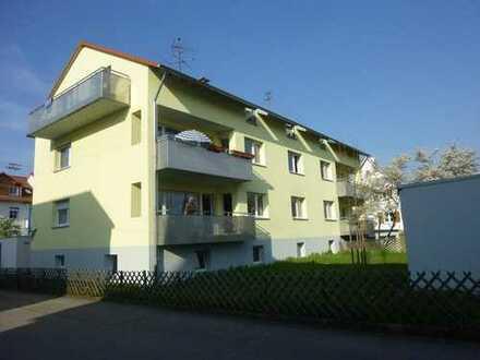 schöne, modernisierte 3-Zi-Wohnung mit EBK und Balkon zu vermieten