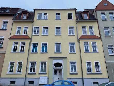 2-Raum-Dachgeschosswohnung !