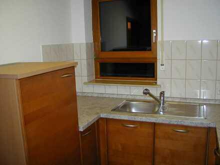 Schöne 3-Zimmer-Dachgeschosswohnung mit Balkon und Einbauküche in Schwendi