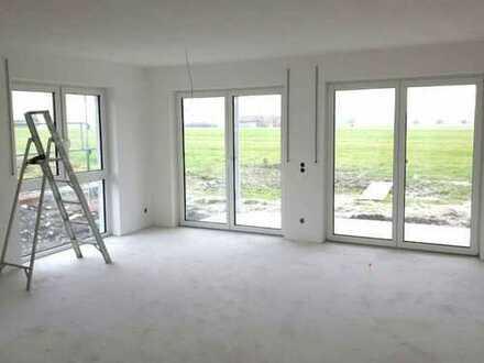 2 5 6. 0 0 0,- für 3 Zimmer 8 6 qm NEUBAU mit SONNEN- Terrassenbalkon in unverbauter Wohnlage