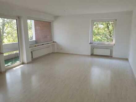 Schöne und helle 3-Zimmer Wohnung mit Balkon