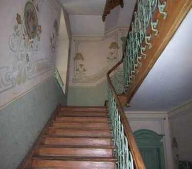 ** 2 Zimmer ETW mit beeindruckendem Altbau-Charme incl. Kamin in der Herzogstraße **