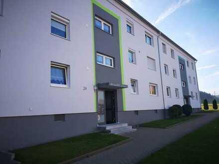 Alles NEU Erstbezug: schöne 3-Zimmer-EG-Wohnung mit EBK und Balkon in Albstadt-Ebingen