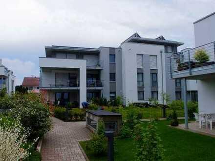 Hochwertiges Wohnen mit Balkon: Zentrale Lage und doch im Grünen! (provisionsfrei)